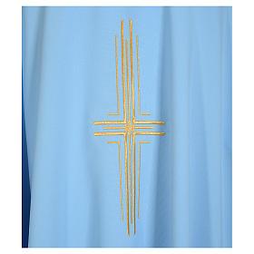 Chasuble bleu clair 100% polyester croix dorée s3