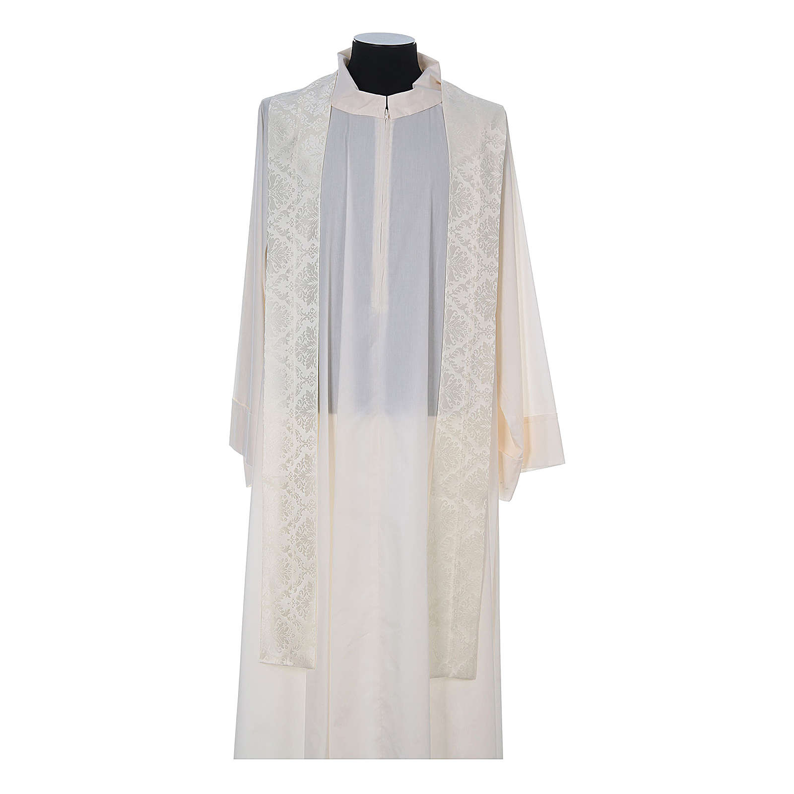 Catholic Priest Chasuble in damask sable 4