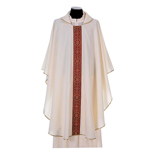 Priest Chasuble with front and back gold orphrey in Vatican fabric, 100% polyester 5