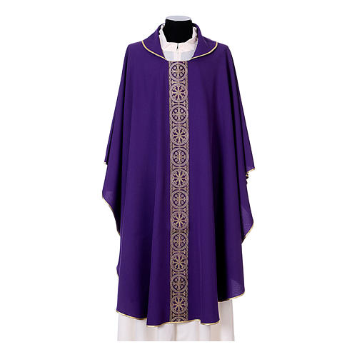 Priest Chasuble with front and back gold orphrey in Vatican fabric, 100% polyester 7
