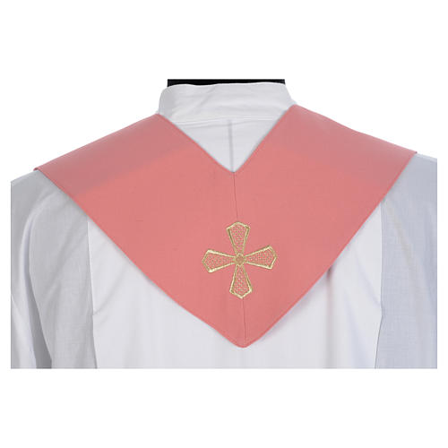 Chasuble rose 100% polyester inserts tissu croix brodée 9