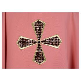 Ornat różowy 100% poliester wstawki tkaniny krzyż haftowany s4