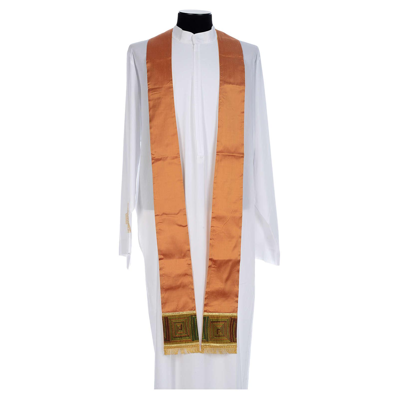 Casula sacerdotale seta color oro 100% ricamo quadri 4