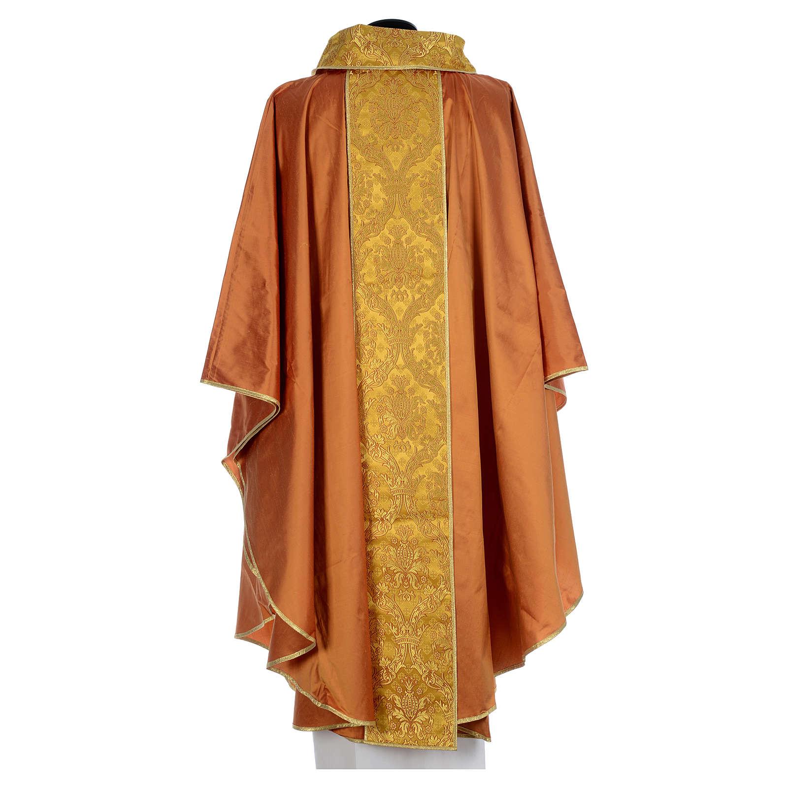 Casulla sacerdotal seda oro 100% bordado dorado 4