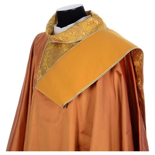 Casula sacerdotale seta oro 100% ricamo dorato 5