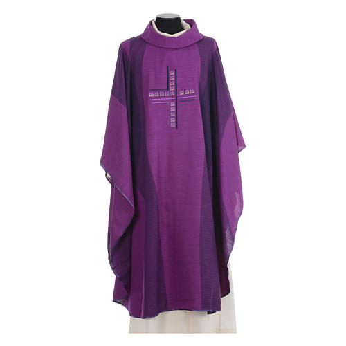 Chasuble embroidered with stylized cross 6