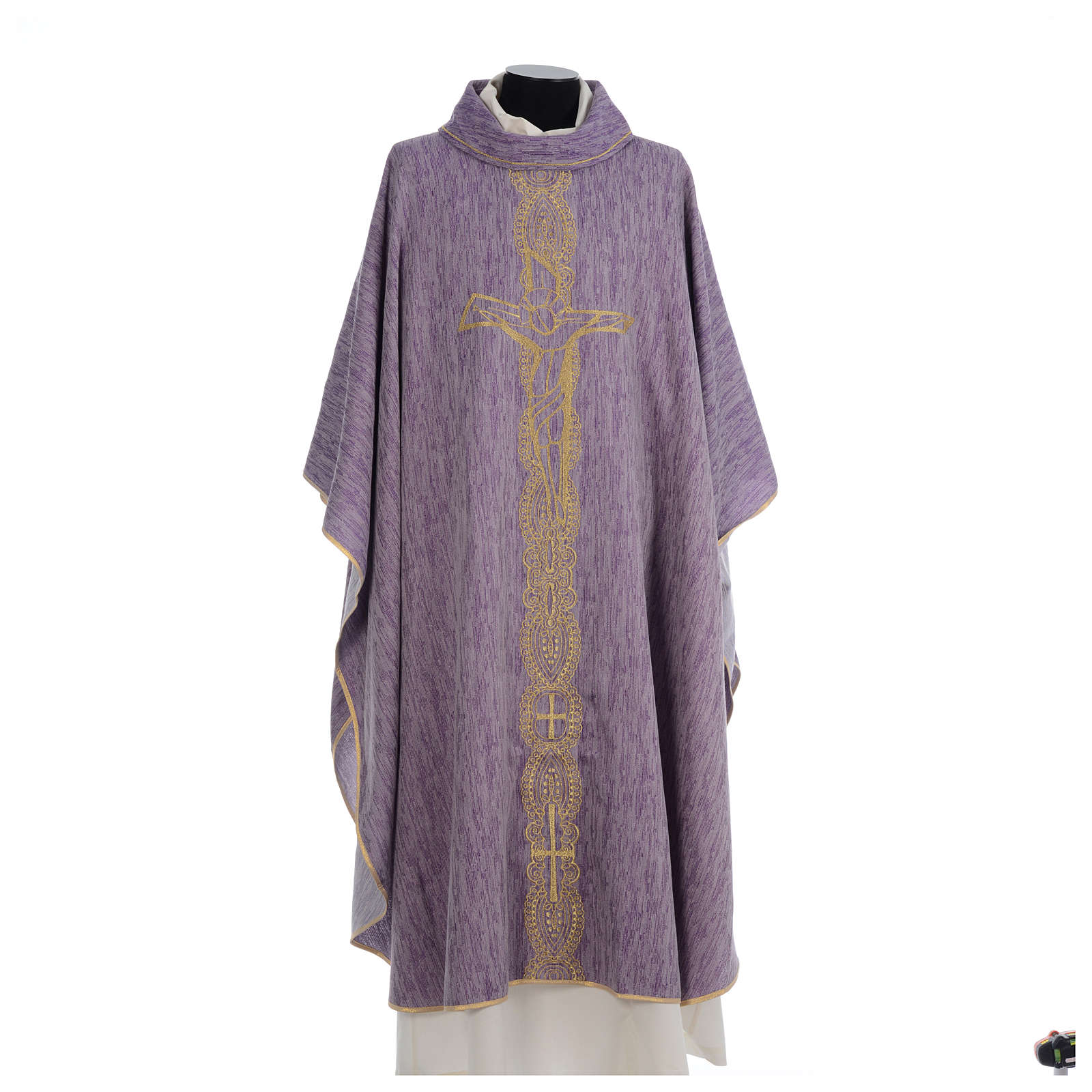 Chasuble embroidered with large cross design 4
