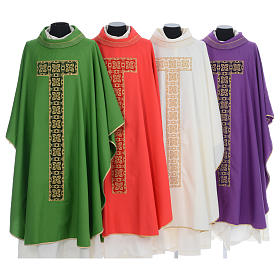 Liturgical chasuble with cross embroidery s1