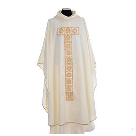 Liturgical chasuble with cross embroidery s5
