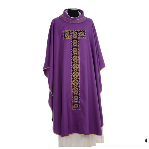 Liturgical chasuble with cross embroidery 6