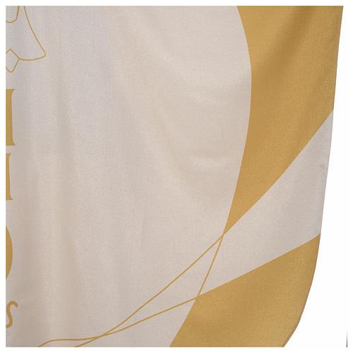Casulla litúrgica con decoraciones de oro 5