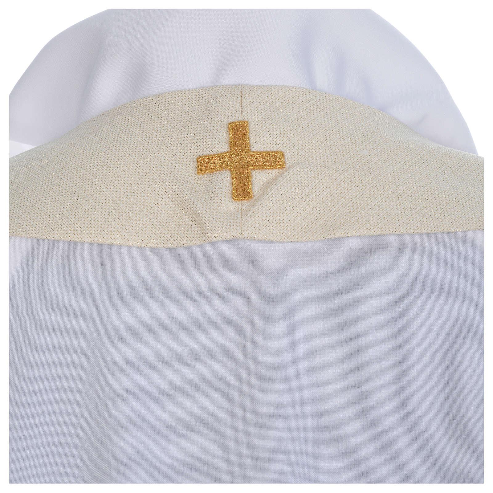 Casula liturgica con decori in oro 4