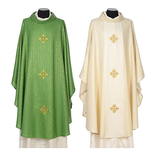 Chasuble 85% wool 15% lurex embroidered with three crosses 1