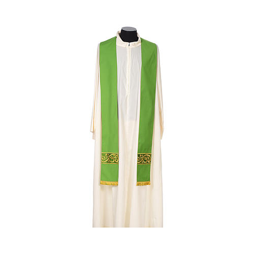 Catholic Chasuble 100% wool textured fabric with decorated neckline and gallon 7