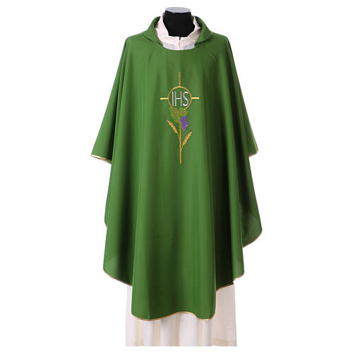 Chasuble with flower decorations, 100% polyester 3