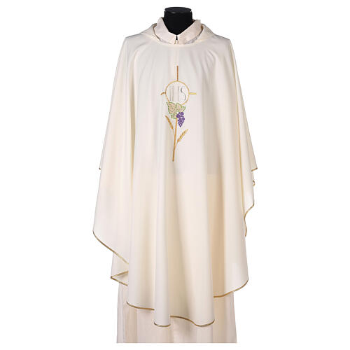 Chasuble with flower decorations, 100% polyester 5
