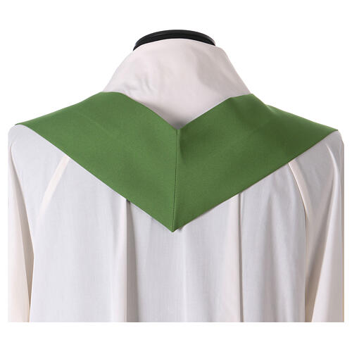 Chasuble with flower decorations, 100% polyester 10