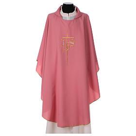 Casulla rosa poliéster IHS cruz estilizada s1