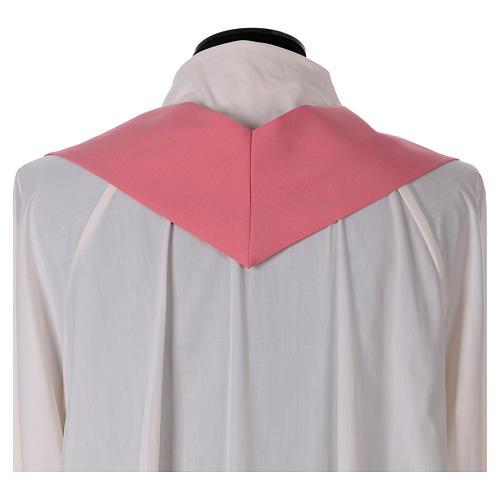 Casulla rosa poliéster IHS cruz estilizada 6