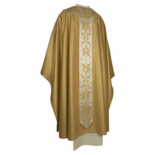 Casula colore oro IHS con croce lana e lurex 2