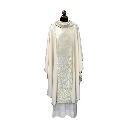 Latin Chasuble with scapular 3