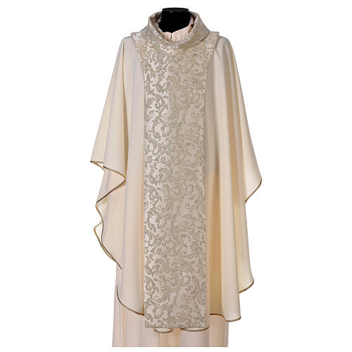 Latin Chasuble with scapular 1