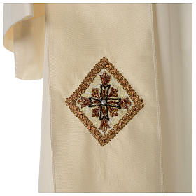 Chasuble 100% silk with handmade embroidery on gallon, V neckline s9