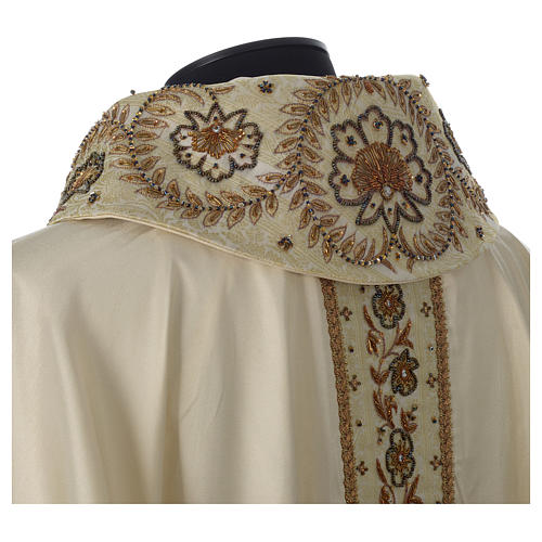 Chasuble 100% silk with handmade embroidery on gallon, V neckline 2