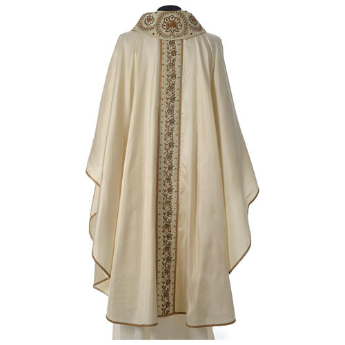 Chasuble 100% silk with handmade embroidery on gallon, V neckline 5