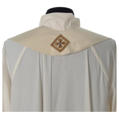 Chasuble 100% silk with handmade embroidery on gallon, V neckline 10