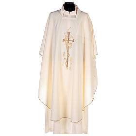 Chasubles: Chasuble in polyester with square neck and machine embroidery