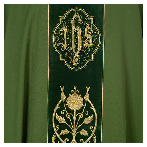 Chasuble in wool with velvet IHS symbol and embroidery 7