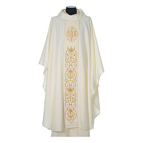 Wool chasuble with IHS floral decorations on velvet galloon s5