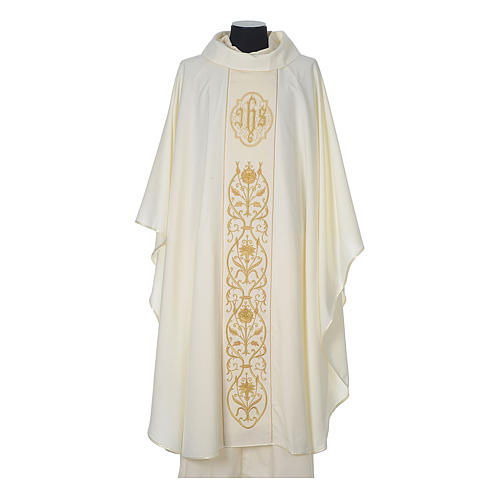 Wool chasuble with IHS floral decorations on velvet galloon 5