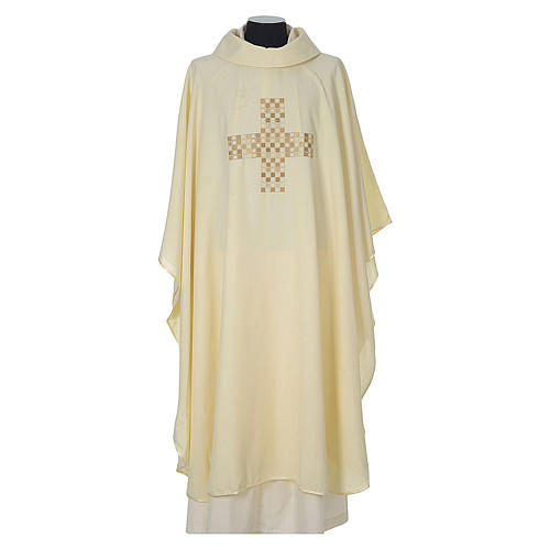 Chasuble 100% polyester with embroidered Cross 5