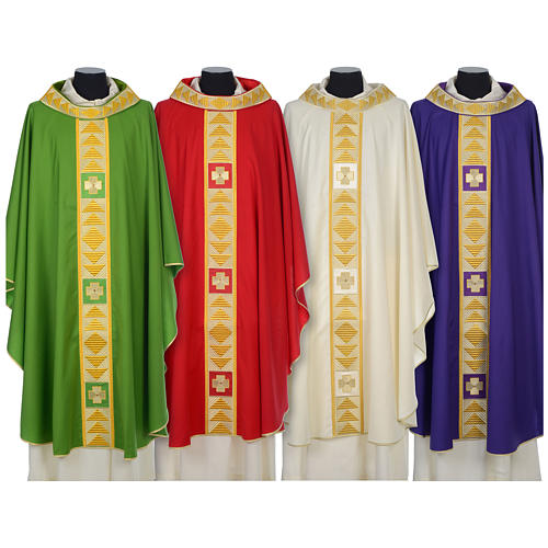 Chasuble 100% wool with crosses and Swarovski crystals 1