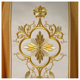 Goldene Kasel aus Wolle mit Mittelstab s2