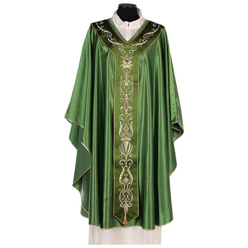Chasuble in silk wool with embroidery 1