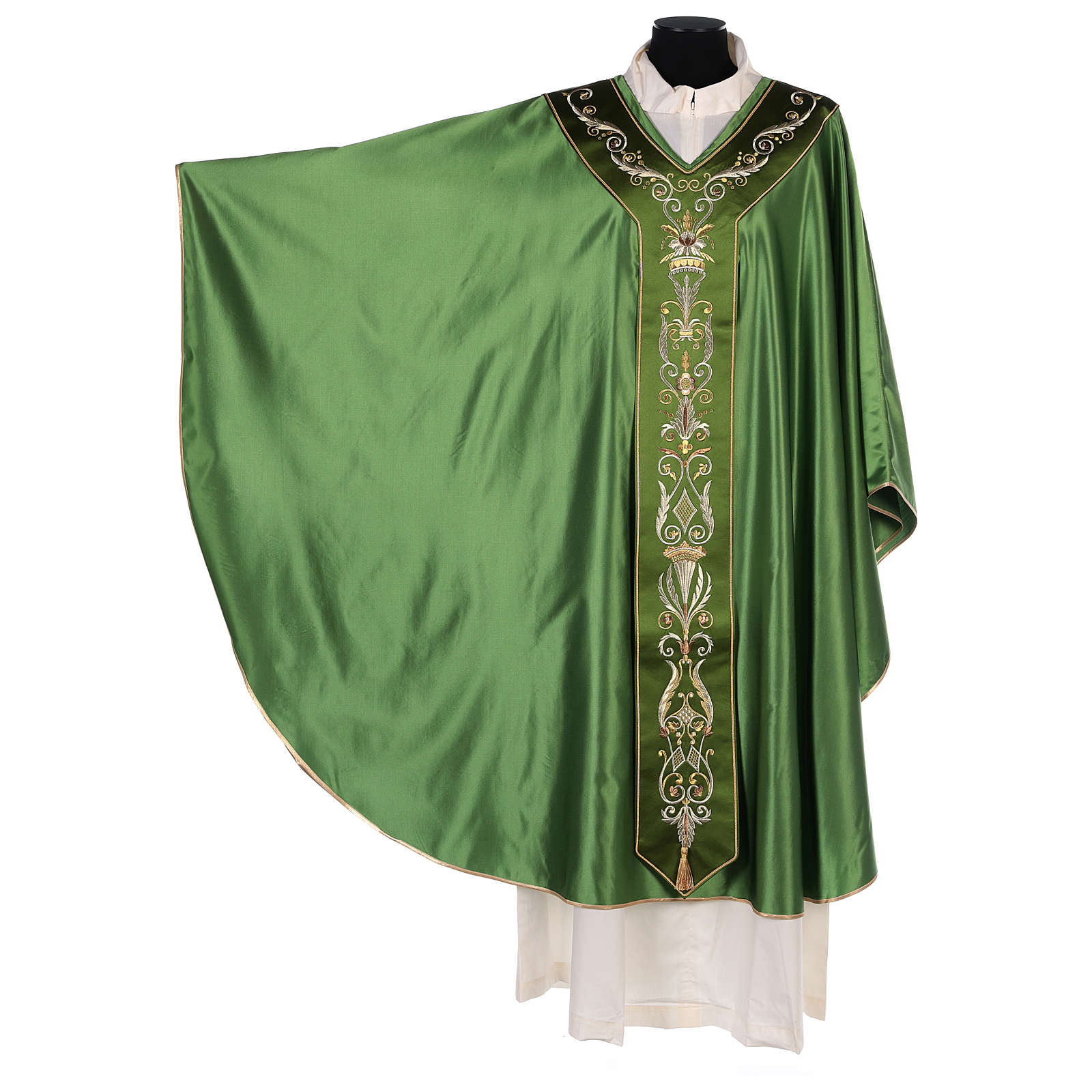 Silk Wool Chasuble with embroidery 4
