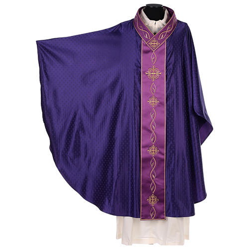 Chasuble in wool with embroidered gallon 3