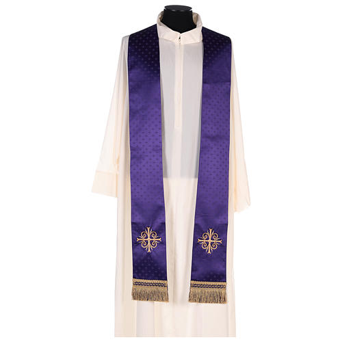Chasuble in wool with embroidered gallon 8