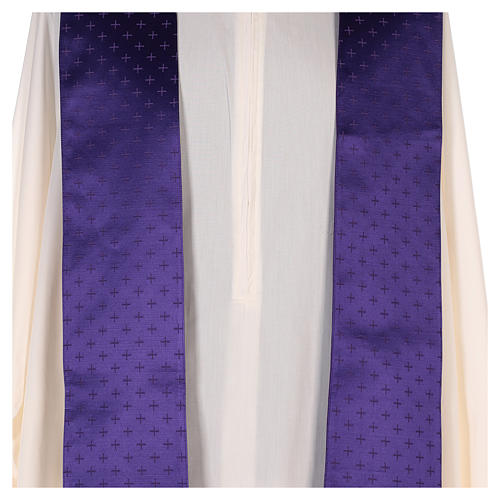 Chasuble in wool with embroidered gallon 10