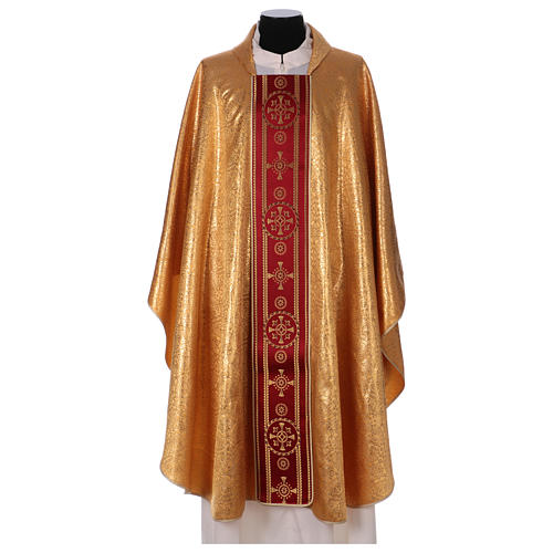 Chasuble in broderie fabric with red gallon, gold 1