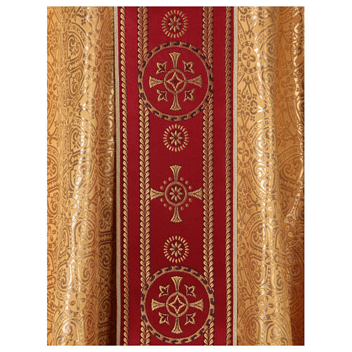 Chasuble in broderie fabric with red gallon, gold 2