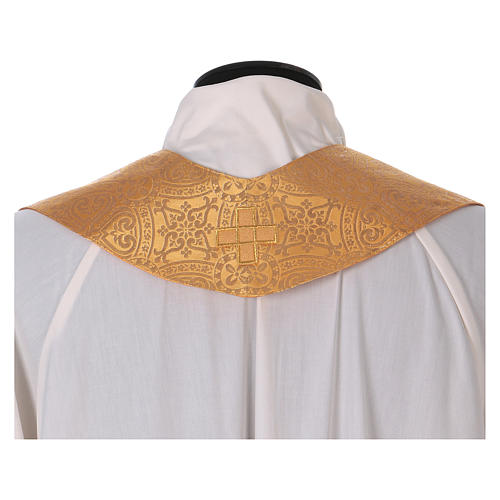 Chasuble in broderie fabric with red gallon, gold 7
