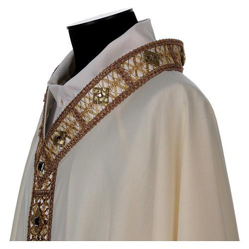 Casulla 100% lana con cuello pasamanería oro 4
