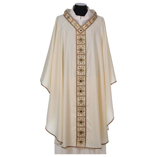 Chasuble with golden braided neckline and banding, 100% wool 1