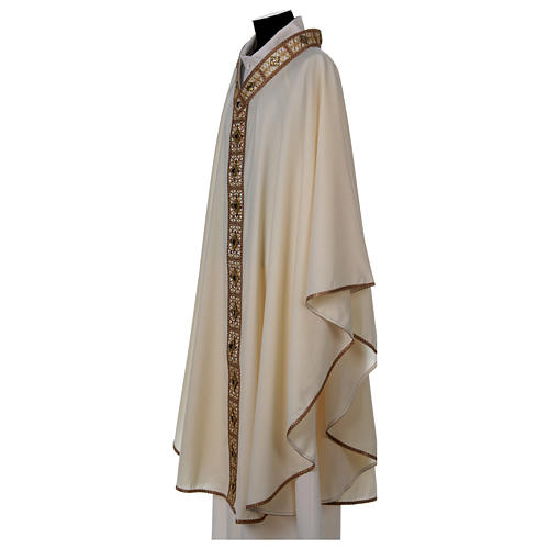 Chasuble with golden braided neckline and banding, 100% wool 3