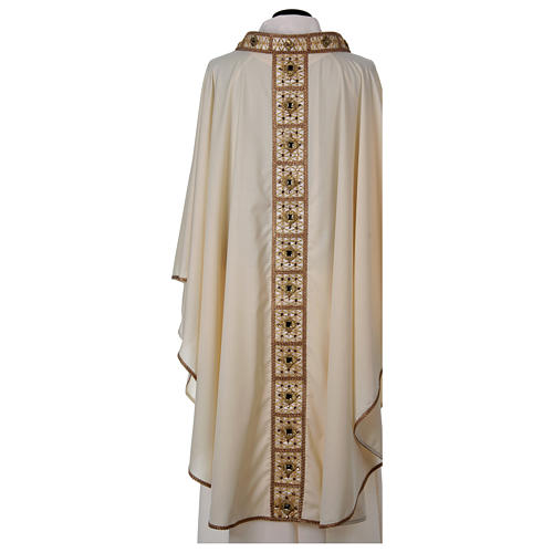 Chasuble with golden braided neckline and banding, 100% wool 5
