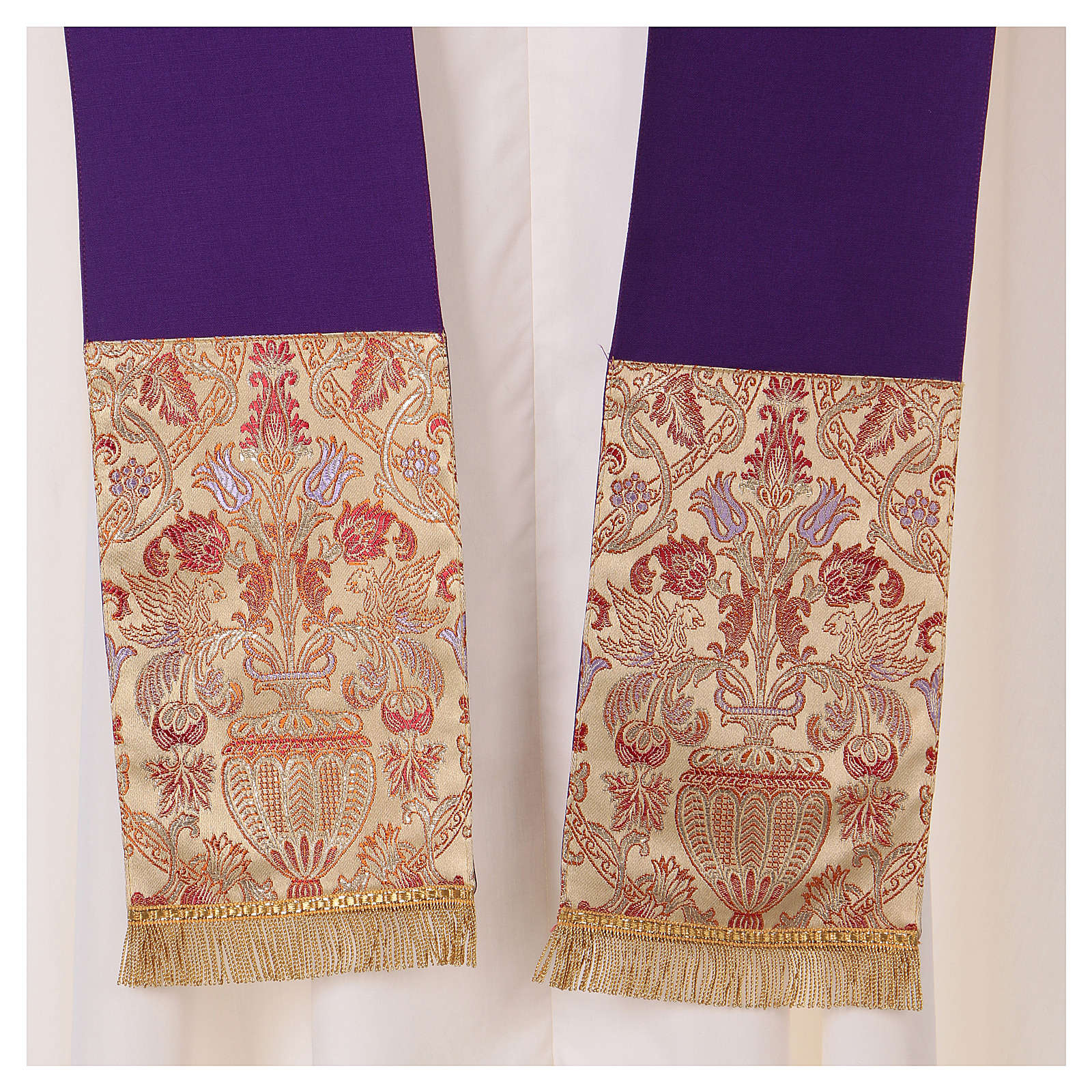 Casula su tessuto in pura lana con stolone e collo in lampasso 4